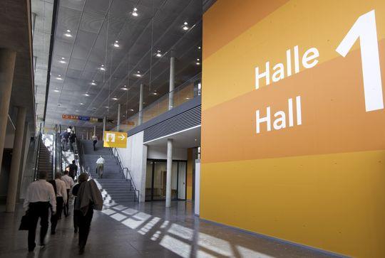 rolltreppe-halle-1.jpg