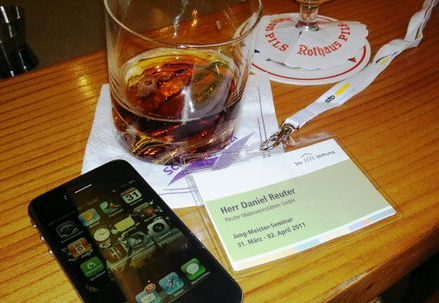 blog-iphone-an-hotelbar.jpg